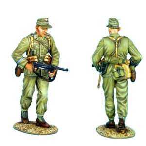 DAK007 DAS DEUTSCHE AFRIKA KORPS INFANTRY WALKING WITH MP40 AND FIRLD CAP