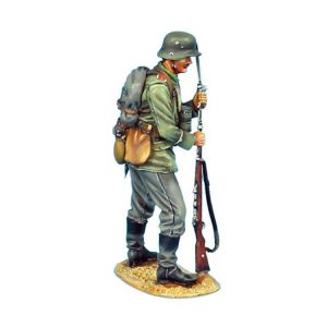 GW003 GERMAN FIXING BAYONET - 62ND INFANTRY DIVISION