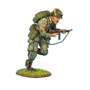 NOR009 US 101st AIRBOURNE CORPORAL RUNNING WITH THOMPSON SMG