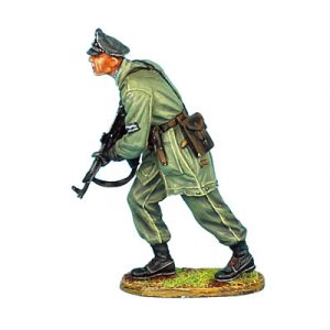 NOR026 GERMAN FALLSCHIRMJAGER LIEUTENANT WITH STG 44