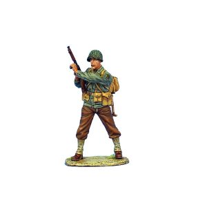 NOR037 US 4th ID SERGEANT WITH THOMPSON SMG