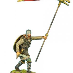 ROM027 GERMAN WARRIOR STANDARD BEARER