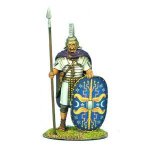 ROM048 IMPERIAL ROMAN PRAETORIAN GUARD STANDING IN CLOAK