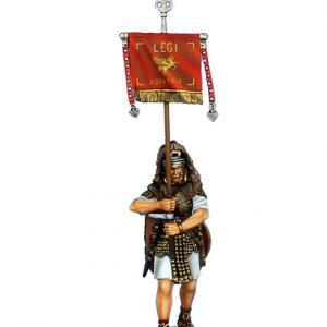 ROM133 IMPERIAL ROMAN VEXILLIFER - LEGIO I ADIUTRIX