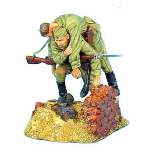 RUSSTAL016 RUSSIAN CARRYING WOUNDED COMRADE VIGNETTE