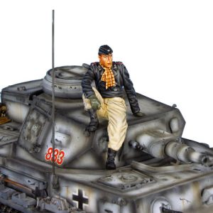 TC009 GERMAN SS WINTER TANK CREW SEATED