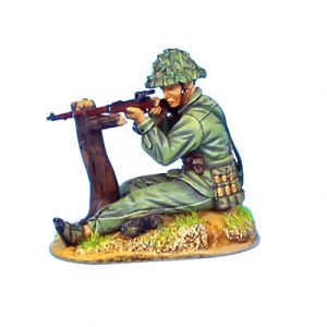 VN013 NVA SNIPER WITH MOSIN - NAGANT RIFLE