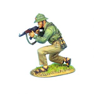 VN014 NVA INFANTRY CROUCHING WITH AK47
