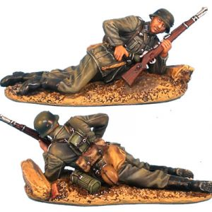GERSTAL002 HEER INFANTRY LAYING LOADING RIFLE