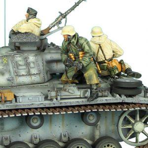 GERSTAL025 GERMAN WINTER TANK RIDERS SET 2