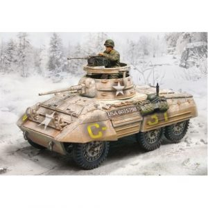 CS00467 M8 GREYHOUND WINTER