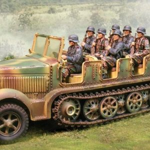 CS00517 SDKFZ 7 WITH DRIVER NORMANDY