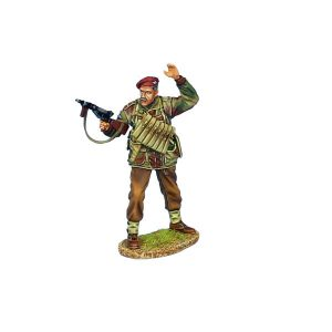 NOR053 BRITISH AIRBOURNE LIEUTENANT WITH STEN