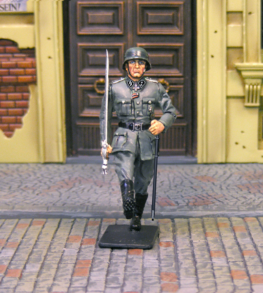 CS00724 LAH MARCHING OFFICER