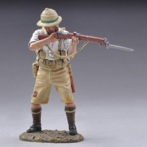 GW055D STANDING BRITISH RIFLEMAN FIRING-WHITE SHIRT