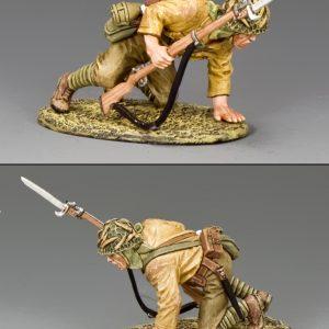 JN037 CROUCHING SOLDIER