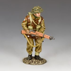 BBB006 ADVANCING RIFLEMAN