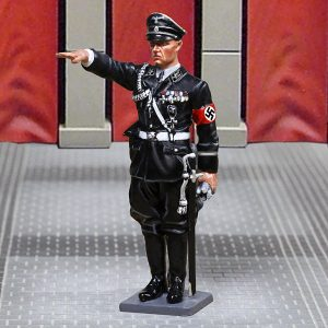 CS00927 RIBBENTROP SALUTING