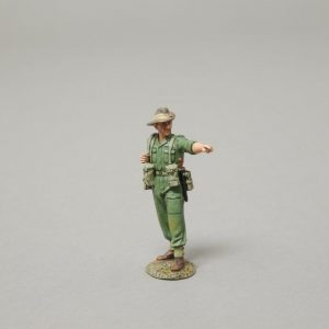RS046 AUSSIE SOLDIER POINTING