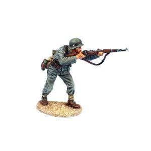 NOR075 GERMAN HEER INFANTRY STANDING FIRING K98