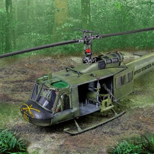 CS01007 UH1 HUEY SLICK
