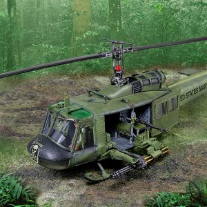 CS01008 UH1 HUEY HELICOPTER HOG