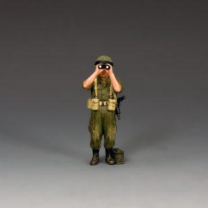 IDF027 STANDING ISRAELI OFFICER w/BINOS