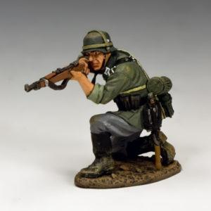 WH042 Kneeling firing Rifleman