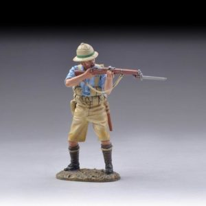 GW055C STANDING BRITISH RIFLEMAN FIRING-BLUE SHIRT