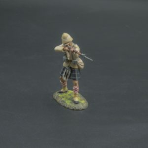 VW003 Standing Seaforth Highlander Firing