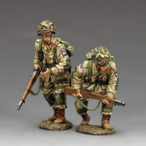 DD288-1 US Paratroopers Moving Forward ... Cautiously! (82nd)