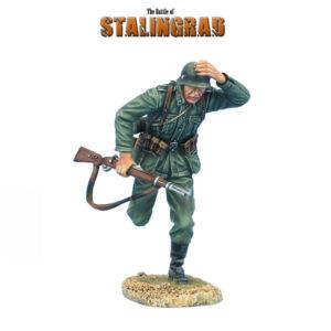 GERSTAL013N Heer Infantry Running Holding on Helmet