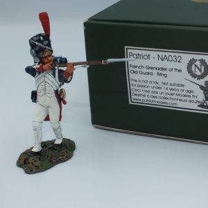NA032 French Grenadier of the Old Guard Standing Firing
