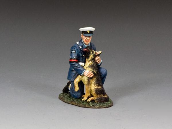 RAF086 RAF Police Dog Handler Set