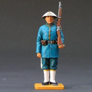 HK137 Policeman w/ Rifle (Gloss or Matt)