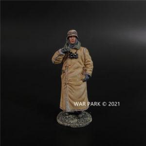 KH085 German Sentry in Winter Coat