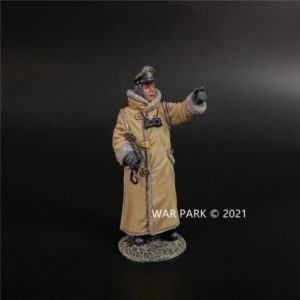 KH087 German Officer in Winter Coat